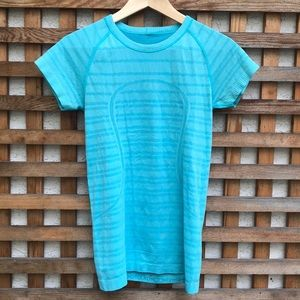 Lululemon Swiftly Tech Short Sleeve Crew Blue 6